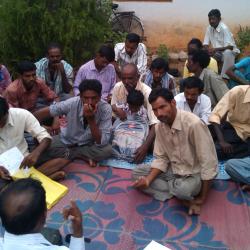Pavagada safai karmacharis discuss with Thamate group. Pic source: Karthik. R.